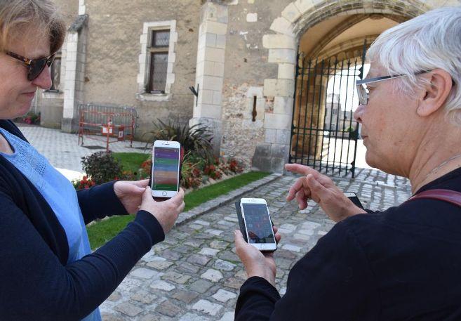 Les élus testent depuis le début de la semaine l'application sur leur propre mobile.